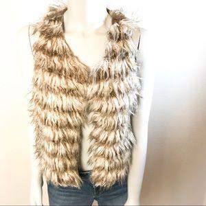 TIMING Faux Fur Vest